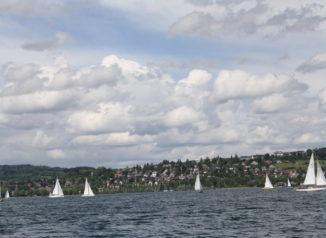 segelboote-unter-segeln